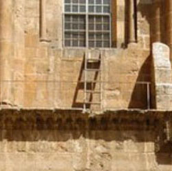 Holy_sepulchre_ladder